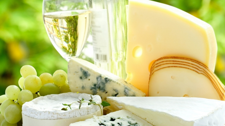champagne-and-cheese